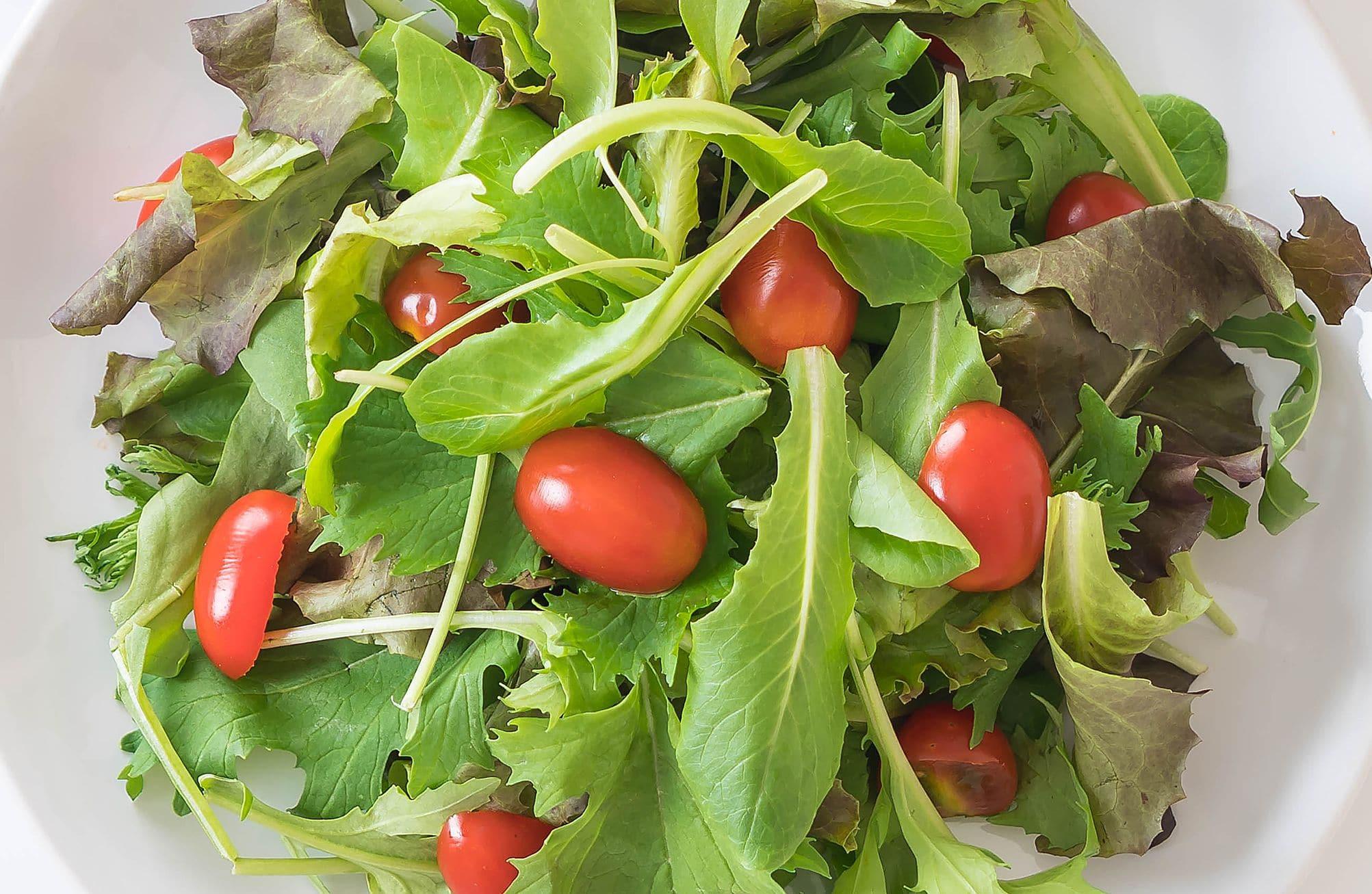 Салат помогает похудеть